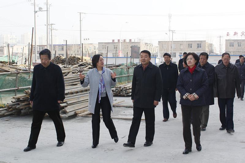 张西明部长、程丽华副省长深入文化单位调研工作