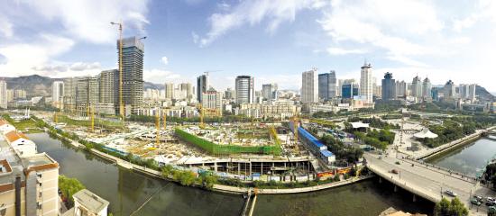"""十三五""""以来,西宁市中心广场北扩、湟水河综合治理、畅通西宁等图片"""