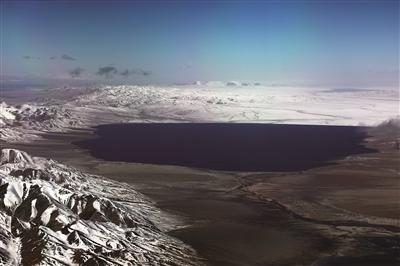 湖泊:星辰般列布的是水的蓄能