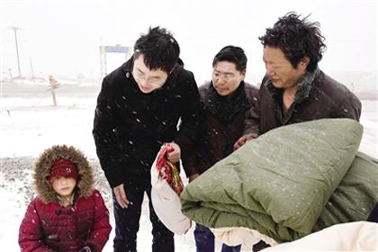 脱贫攻坚一线故事:风雪中话发展