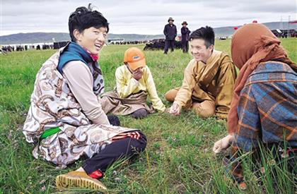 洒落在草原深处的游牧文化——走进泽库草原2