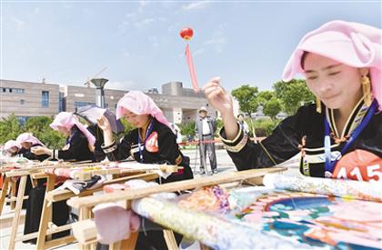青海:传统民间刺绣在传承中焕发新生