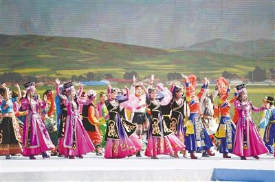 第十七届环湖赛在海东市乐都区精彩开幕
