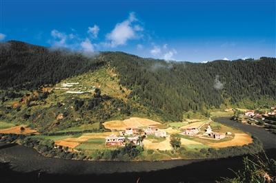 百年风华看碉楼 ——班玛藏式民居大观