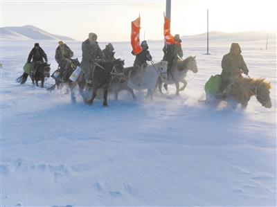 风雪中传递温暖的力量——记青海干部群众抗击玉树雪灾