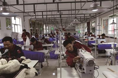 玉樹藏族自治州治多縣精準扶貧商貿產業園區