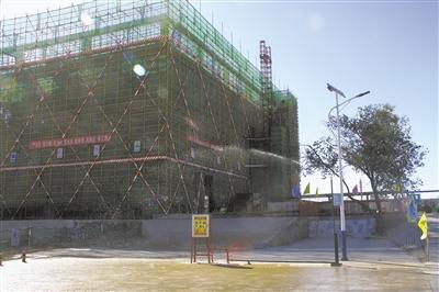 """""""绿色理念""""的先锋效应——格尔木火车站改扩建工程剪影"""