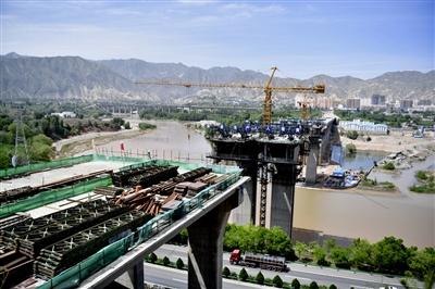 川海大桥预计年底主桥合龙