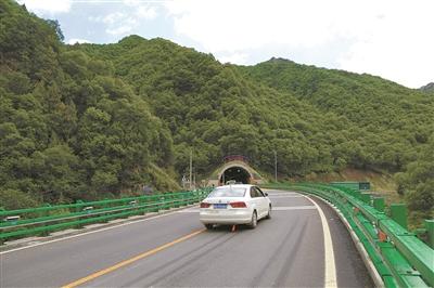 我省最美的生态旅游公路——扎碾公路