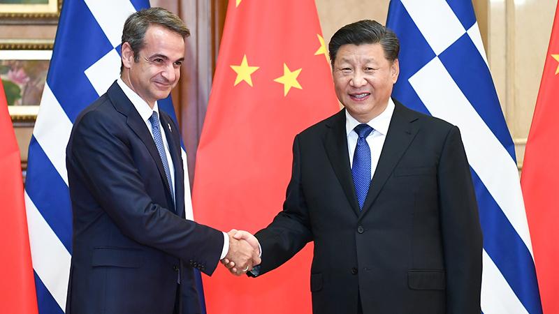 习近平会见希腊总理米佐塔基斯