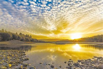 海南州:探寻多彩雪域高原