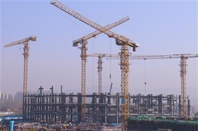 """建設新地標 按下""""加速鍵""""——走進企業復工復產第一線"""