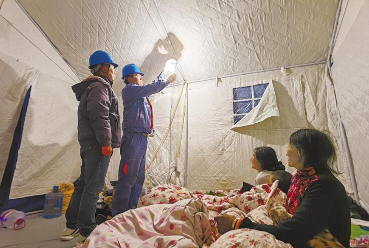 """瑪多184個""""帳篷教室""""全部通電"""