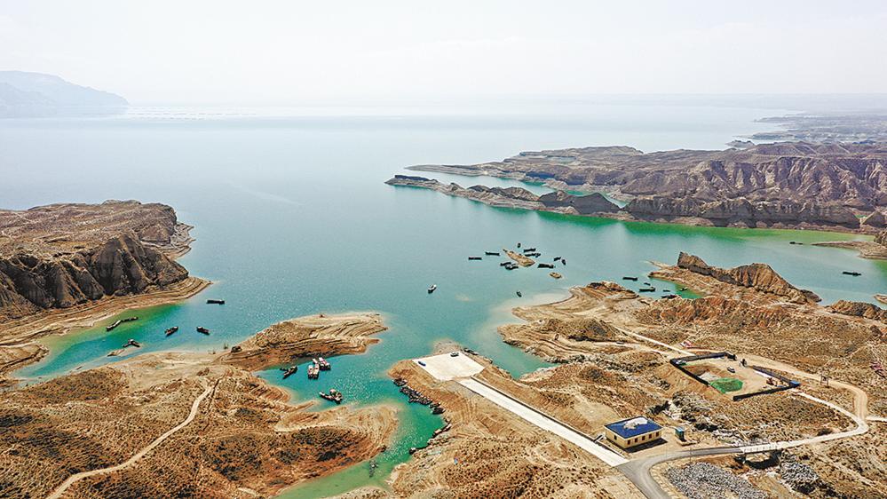 高峡出平湖 一座留得住时光的特色小镇