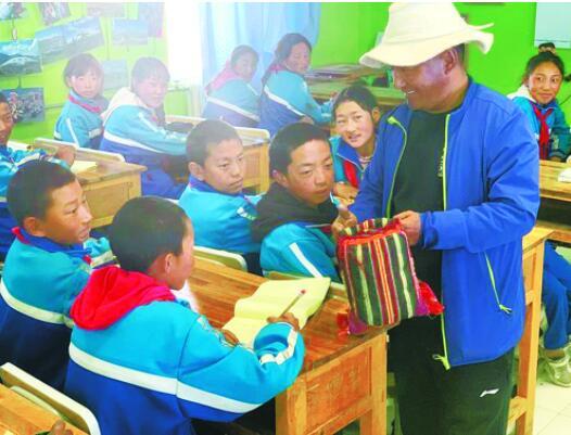 生态环保知识进课堂